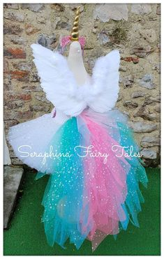 White, Pink, Blue + Teal Pastal Christmas, Birthday Party or Gala Unicorn Costume, Unicorn Party, Halloween Diy, Halloween Recipe, Women Halloween, Halloween Projects, Halloween Halloween, Halloween Makeup, Halloween Decorations