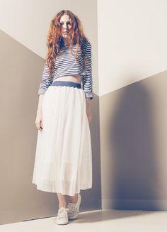 Produzione e vendita pronto moda donna collezione spring e summer 2016.#anycase #whiteskirt #prontomoda #lines