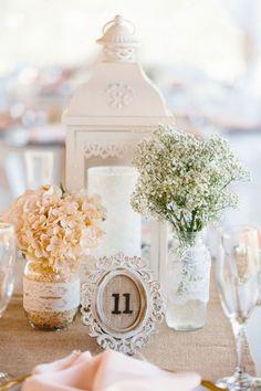 Baby's Breath Wedding Details - mywedding Lantern Centerpiece Wedding, Vintage Centerpieces, Wedding Lanterns, Flower Centerpieces, Wedding Centerpieces, Centerpiece Ideas, Wedding Arrangements, Table Centerpieces, Deer Wedding