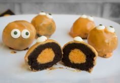 Halloween Monster Cake Balls - they have that wow factor, but  they're easy to make!