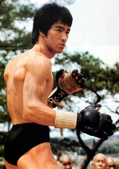 Dedicated To Bruce Lee Bruce Lee Facts, Bruce Lee Quotes, Celebrity Couples, Celebrity News, Eminem, Bruce Lee Collection, Bruce Lee Martial Arts, Actor Secundario, Bob Marley