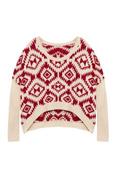 This high-low, chunky-knit pullover is perfect for a relaxing day. Time to lounge!