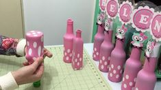 To cover a bottle with a balloon 3 - Bastelarbeiten - Baby Shower Diy Bottle, Wine Bottle Crafts, Jar Crafts, Diy And Crafts, Crafts For Kids, Balloon Decorations, Birthday Party Decorations, Birthday Parties, Diy Baby Shower Decorations