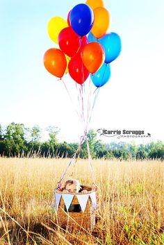 @Nicole Phenneger  Carrie Scruggs Photography   peek a boo hot air balloon