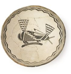 Mimbres Black-On-White Pictorial Bowl Native American Baskets, Native American Pottery, Native American Art, Southwest Pottery, Southwest Art, Pueblo Pottery, Native Design, American Indian Art, Indigenous Art