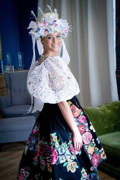 Untitled Folk Fashion, Harajuku, Folk Style, Costumes, Floral, Skirts, Unique, Beauty, Dresses