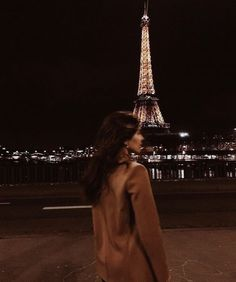City Aesthetic, Aesthetic Videos, Travel Aesthetic, Aesthetic Girl, Aesthetic Pictures, London Friend, French Summer, Blackpink Poster, Beach Friends