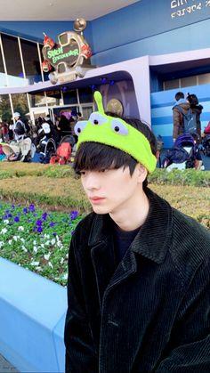 BTOBs Eunkwang apologizes to fans for his abrupt military enlistment www. Sungjae Btob, Minhyuk, Lee Dong Wook Goblin, Korean Drama Romance, Who Are You School 2015, Boys Over Flowers, Korean Artist, Seong, Hey Girl