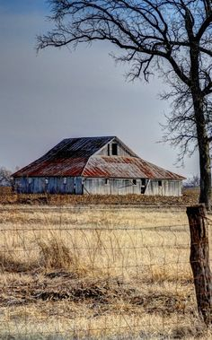 Old Farm Barn** - such a peaceful scene. Takes me back to childhood.