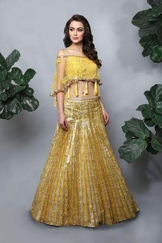 100 Latest Designer Wedding Lehenga Designs for Indian Bride LooksGud.in Blouse Lehenga, New Lehenga Choli, Lehenga Choli Online, Bridal Lehenga, Anarkali, Yellow Lehenga, Lehenga With Long Choli, Lehga Choli, Indowestern Lehenga