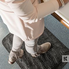 Kleen-Komfort Office - Elegant anti-fatigue mat for offices and workstations. Shopping Websites, Beautiful Space, Offices, Elegant, Inspiration, Classy, Biblical Inspiration, Office Spaces, Chic
