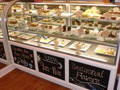 cupcake shop display idea