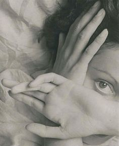 Erwin Blumenfeld: Eyes of Youth, Paris, 1937.