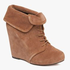 #Manor Suede Ankle Boots in Mocha