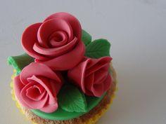 Roos cupcake  #tinkies voor creatieve workshops en kinderfeestjes