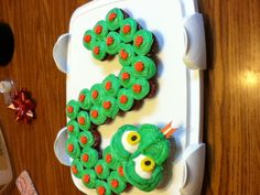 Cupcake snake!! / can add cupcakes with gummy worms / plastic lizards etc. use m to make diamond back pattern