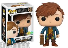 """Fantastic Beasts' Newt Scamander gets his own Funko Pop! collectible""""The Funko Pop! figure includes Newt's wand, his Hufflepuff scarf, and the magical case that holds all of his mystical creatures. Pop Vinyl Figures, San Diego Comic Con, Draco Y Hermione, Collection Harry Potter, Harry Potter Pop, Funko Pop Dolls, Pop Figurine, Funk Pop, Pop Toys"""