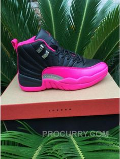 2016 Air Jordan 12 GS Nero Rosa Scarpe Caldo Source by andriatapaoan Best Sneakers, Sneakers Fashion, Fashion Shoes, Women's Fashion, Ladies Sneakers, Popular Sneakers, Ladies Footwear, Feminine Fashion, Fashion 2018