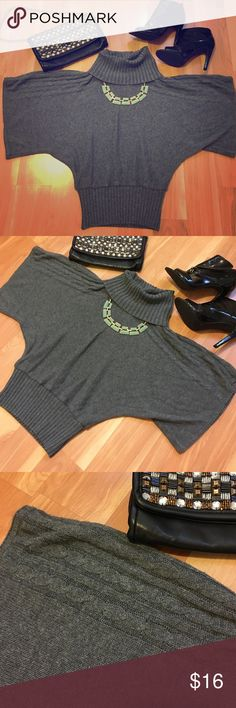 Beautiful Gray Cowl Neck Sweater- Super Flattering Gorgeous gray cowl neck sweater in amazing condition. Super comfortable, flattering and  cute. Beautiful detailing on the shoulders. Size medium Forever 21 Sweaters Cowl & Turtlenecks