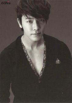 SMTown Week 'SJ Treasure Island' Postcard - Flawless Lee Donghae (Cr:Kwanshin)