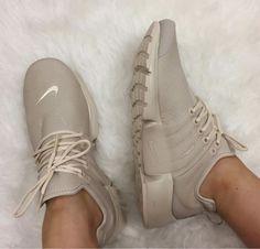 Trendy Sneakers 2017/ 2018 : Nike Oatmeal Presto. Leather. 2017 sneaker trends. Nude. @LJONESSTYLE