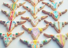 Awesome cookies with icing for your party - indianer party kekse Fancy Cookies, Iced Cookies, Crazy Cookies, Sugar Cookies, Heart Cookies, Valentine Cookies, Easter Cookies, Birthday Cookies, Christmas Cookies