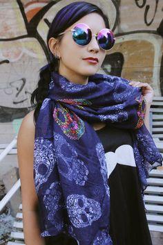 cool skull scarf! Alternative Style, Alternative Fashion, Skull Scarf, Sugar Skull, Alexander Mcqueen Scarf, Autumn Fashion, Fall Fashion, Sugar Skulls, Candy Skulls