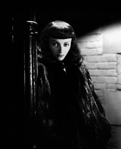 Jean Brooks - The Seventh Victim (1943)