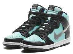 "Nike SB Dunk High ""Tiffany"" x Diamond Supply Co."