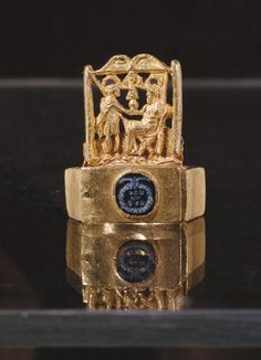 Ring, from Blagaj near Mostar, 3rd-4th century (gold) Roman. I have never seen anything like it!