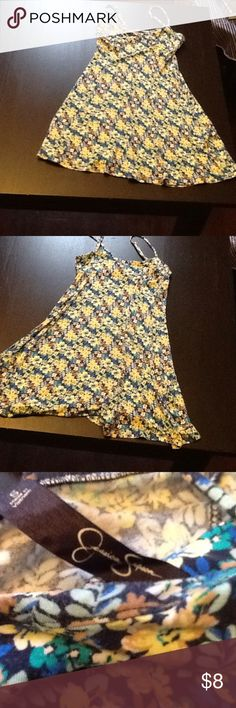Jessica Simpson Tropical Tank Dress Perfect Condition! Only worn 1x. Soft, floral dress. Jessica Simpson Dresses Midi