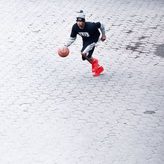 Full Throttle // #k1x #parkauthority #nationofhoop #playhard #onecourtatatime #basketball #streetball #clothing #fashion #style Photo by @asphaltchronicles