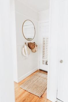 Simple and Stylish Tips and Tricks: Frameless Wall Mirror Small Bathrooms oval wall mirror interior design.Wall Mirror With Lights huge wall mirror chandeliers. Wall Mirrors Entryway, Rustic Wall Mirrors, Living Room Mirrors, Round Wall Mirror, Mirror Bedroom, Mirror Set, Mirror Ideas, Entryway Hooks, Mirror House