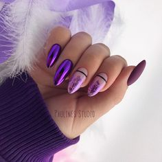 False nails have the advantage of offering a manicure worthy of the most advanced backstage and to hold longer than a simple nail polish. The problem is how to remove them without damaging your nails. Stylish Nails, Trendy Nails, Cute Acrylic Nails, Cute Nails, Hair And Nails, My Nails, Violet Nails, Sparkle Nails, Dream Nails