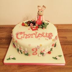 Lily Bobtail birthday cake by Lovely Bit of Cakey (www.lovelybitofcakey.co.uk)