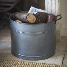Paniers ronds ou seaux en acier galva vendus par 2 pour bûches, petit bois ou ra : Decoclico