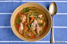Chicken soup with vegetables simple recipe Weight Watchers Soup, Goulash, Chicken Soup, I Foods, Thai Red Curry, Stew, Soup Recipes, Easy Meals, Vegetables