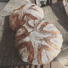 Country loaf with corn & black pepper  #tartine #countryloaf #wildyeast #sourdough #corn #blackpepper #bread