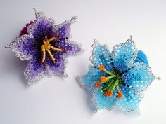 FLOWERS FROM BEADS