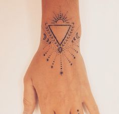 Something like this under my Further tatto Future Tattoos, Love Tattoos, Beautiful Tattoos, Body Art Tattoos, New Tattoos, Hand Tattoos, Tatoos, Piercing Tattoo, I Tattoo