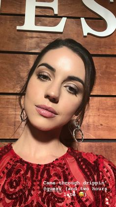 Adelaide Kane, Kathleen Turner, Sophie Turner, Cora Hale, Mary Stuart, Celebrity Jewelry, Queen Mary, Hollywood Celebrities, American Horror