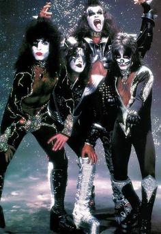kiss on tour 1978 | Kiss, Destroyer/Glitter Session, New York City, April 9, 1976( X )