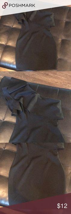 Gorgeous black one shoulder dress. Size M   EUC Gorgeous black one shoulder dress. Size M   EUC. Beautiful dress only worn once  no rips no stains  so flattering on Windsor Dresses One Shoulder