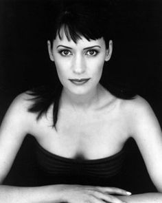 Paget Valerie Brewster (born March 10, 1969) is an American actress. Her best known roles are Kathy on NBC's Friends (first as Joey's girlfriend and later Chandler's), Supervisory Special Agent Emily Prentiss on CBS's Criminal Minds, and Elise and Mr. Mumbles on The Hub's Dan Vs.