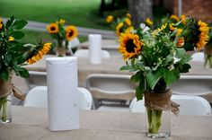 casual outdoor party table using burlap and sunflowers ... easygoing and beautiful!