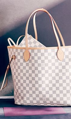 Shop Louis Vuitton bags at jaw-dropping prices. Join Rue La La (it's free!) and LV the dream.