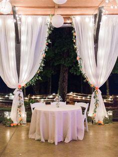 Gorgeous Bride & Groom Table | Live View Studios
