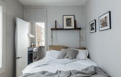 10 Calm Clever Tips: Minimalist Bedroom Blue Design minimalist home with kids life.Minimalist Home Art Decor minimalist kitchen design inspiration.Minimalist Home Kitchen Layout. Minimalist Interior, Minimalist Bedroom, Minimalist Decor, Modern Bedroom, Eclectic Bedrooms, Stylish Bedroom, Minimalist Kitchen, Minimalist Living, Modern Minimalist