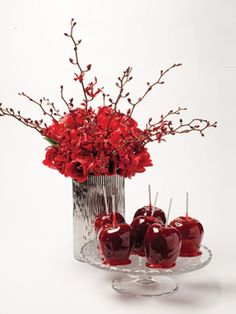 Wedding Centerpiece Carmel Apple Apple Centerpieces, Apple Decorations, Bridal Shower Centerpieces, Fall Wedding Decorations, Centerpiece Decorations, Wedding Themes, Red Candy, Candy Apples, October Wedding