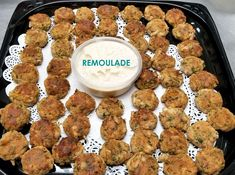 event catering and everyday gourmet foods Mini Crab Cakes, Delicious Catering, Surf And Turf, Hors D'oeuvres, Wedding Catering, Palm Springs, Gourmet Recipes, Great Recipes, King